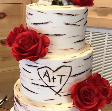 birch bark wedding cake by Petite Sweets