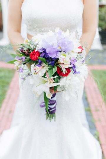 Elizabeth Large Photography Storybrook Farm micro wedding bridal bouquet
