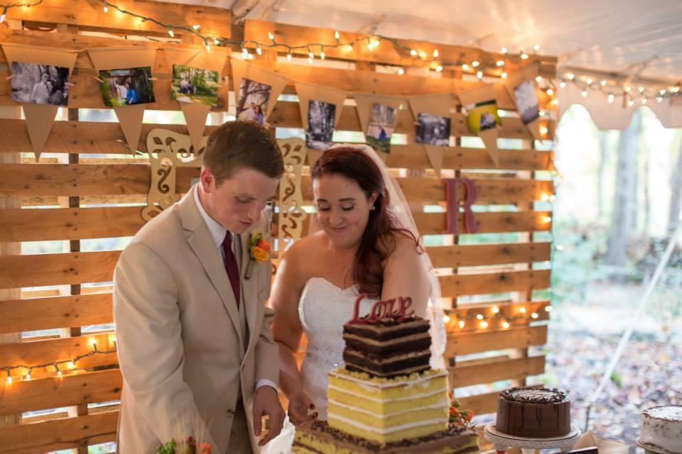 Storybrook Farm Petite Sweets wedding cake