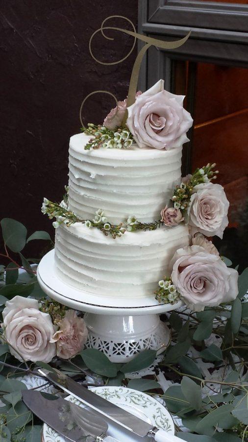 Storybrook Farm wedding cake by Petite Sweets 2